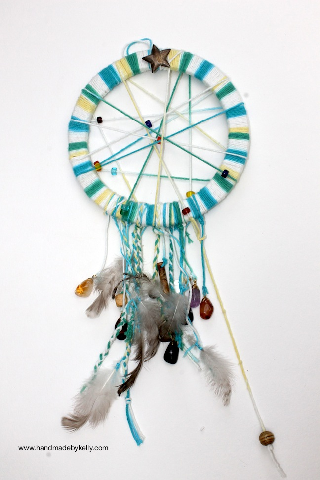 DIY Hippie Dream Catcher Craft  www.handmadebykelly.com