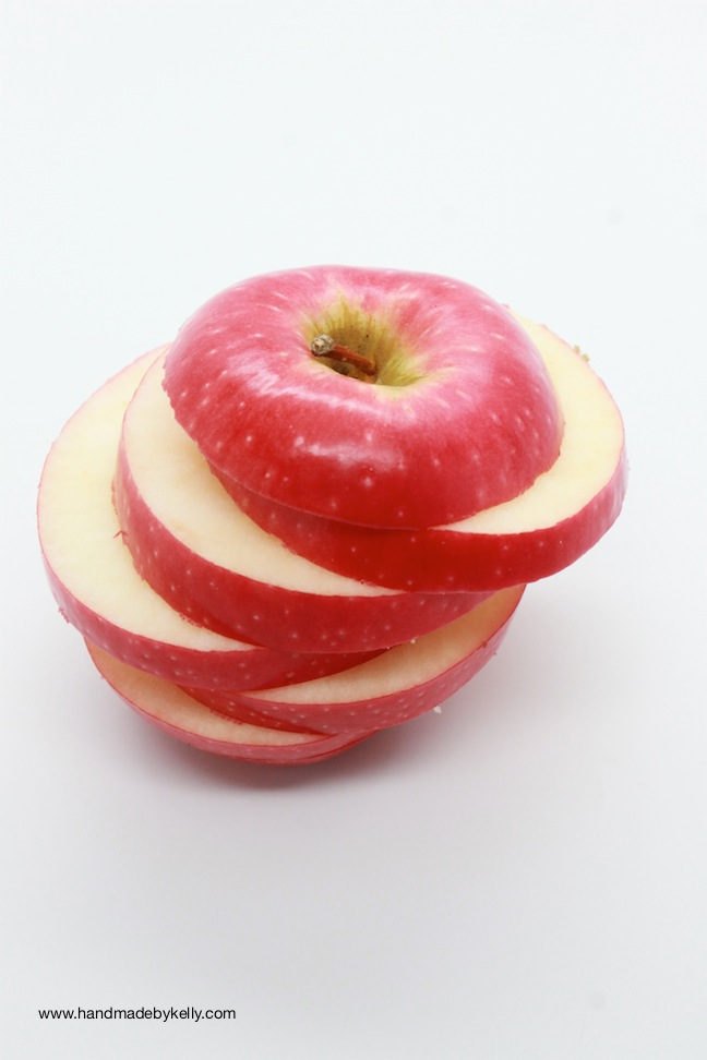 Easy Healthy After School Kid Apple Snack Recipe; handmadebykelly.com; kelly ladd sanchez