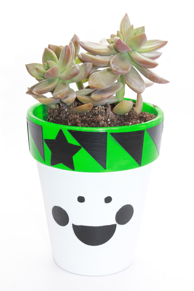 flower pot family craft - kelly ladd sanchez; handmadebykelly.com; succulent crafts, diy modern flower pot