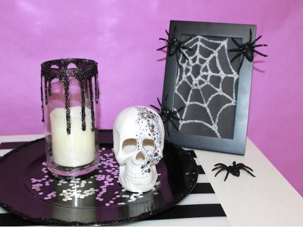 http://www.momtastic.com/diy/566029-make-glam-halloween-decor-regular-household-items/; momtastic.com; handmadebykelly.com