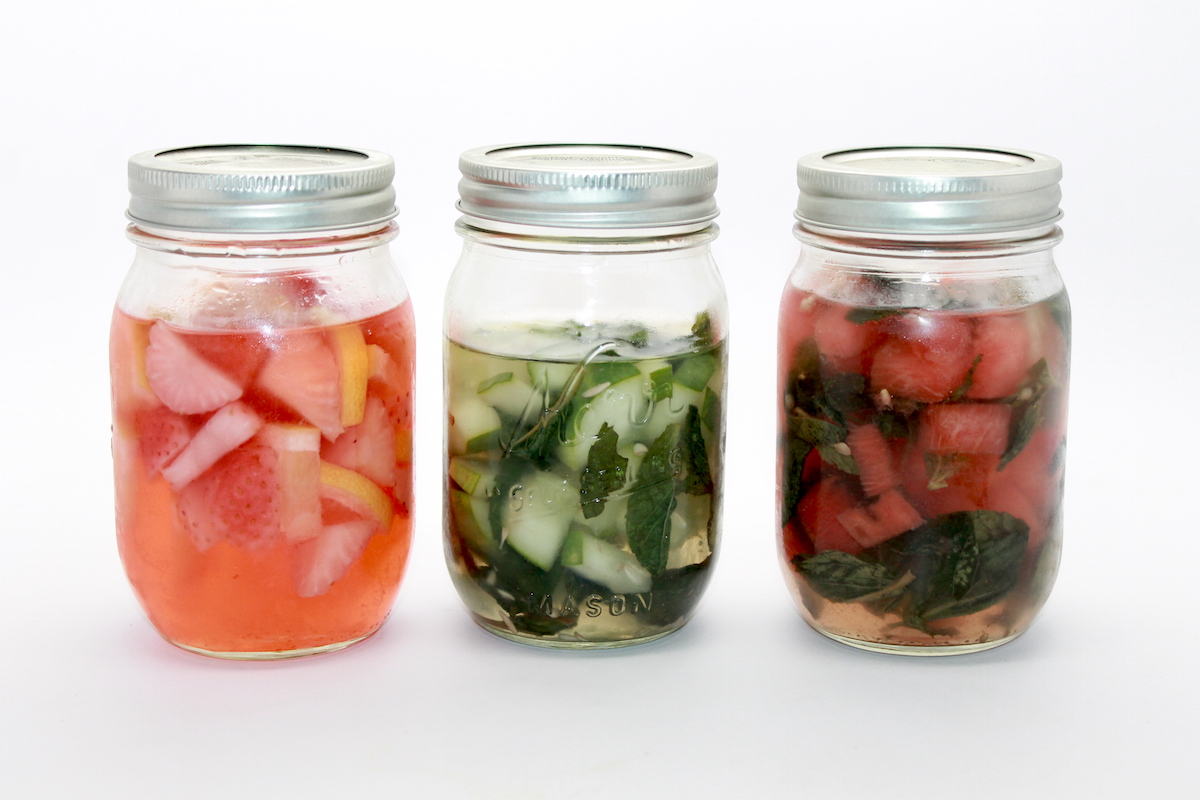 diy infused vodka; host a vodka sampling party; handmadebykelly.com; onlinelkbels.com