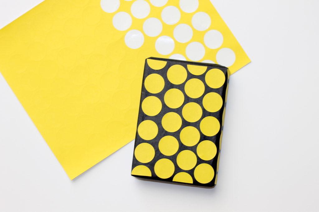 10 creative diy gift wrap ideas; handmadebykelly.com; onlinelabels.comIMG_0590