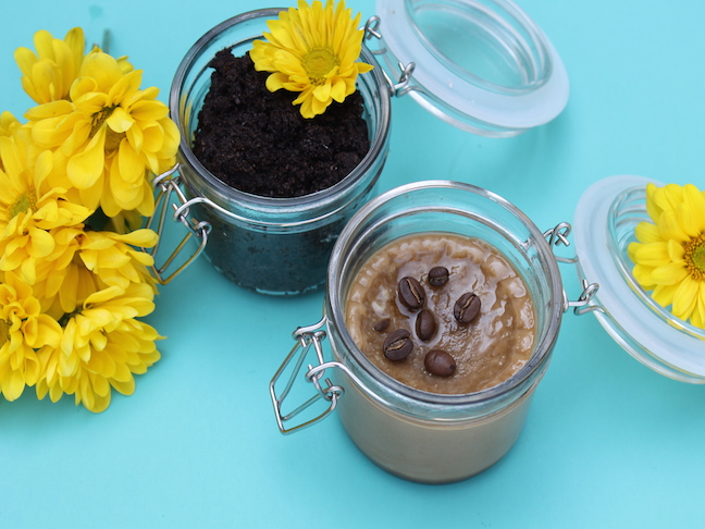 coffee-exfoliant-and-face-cream-handmadebykelly-com-momtastic-comstep1