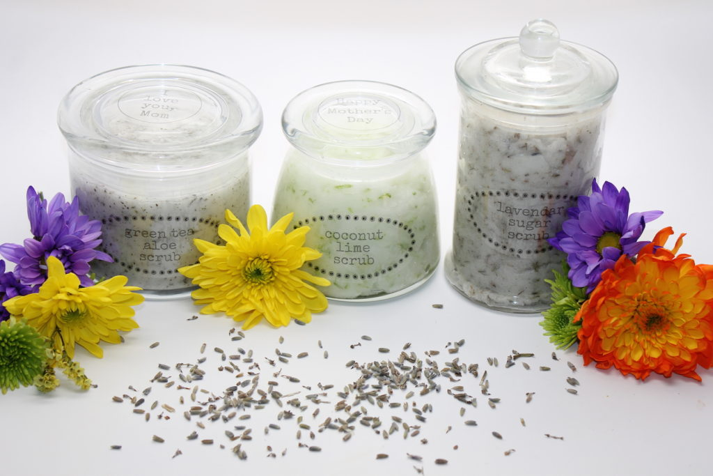 3-mothers-day-sugar-scrubs-with-free-labels-onlinelabels.com-handmadebykelly.com_